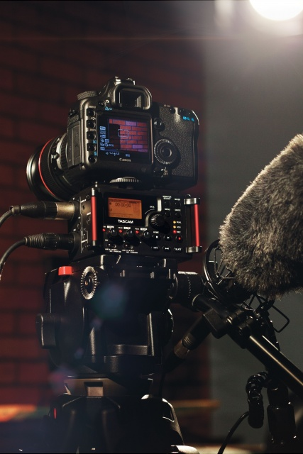 Tascam Dr60 with DSLR camer